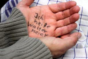 Demenz im Alter: Ergotherapie und Vergesslichkeit